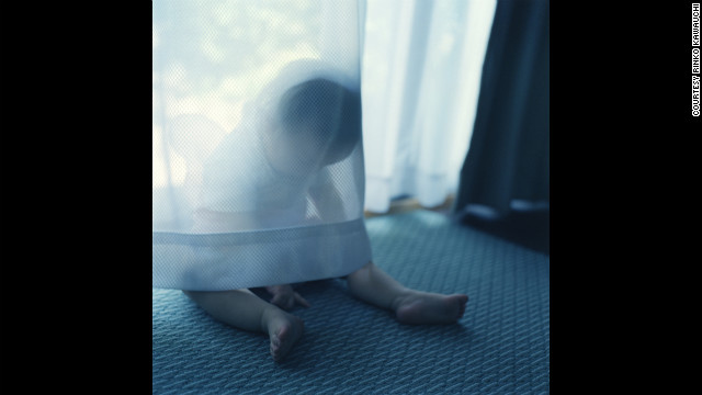 Rinko Kawauchi chose Sally Mann's acclaimed <a href='http://www.aperture.org/shop/books/immediate-family-2592#.UIWmvml27w4' target='_blank'>Immediate Family</a> series, in which Mann uses as subjects her children (a boy, a girl and a new baby), often shot when they're sick or hurt or naked. Like Mann, the Japanese photographer used her children as subjects.