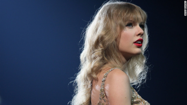 Taylor Swift on track to set record amid breakup rumors