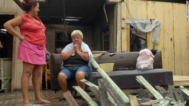 """""""Sandy"""" deja al menos 21 muertos a su paso por Cuba, Haití y Jamaica"""