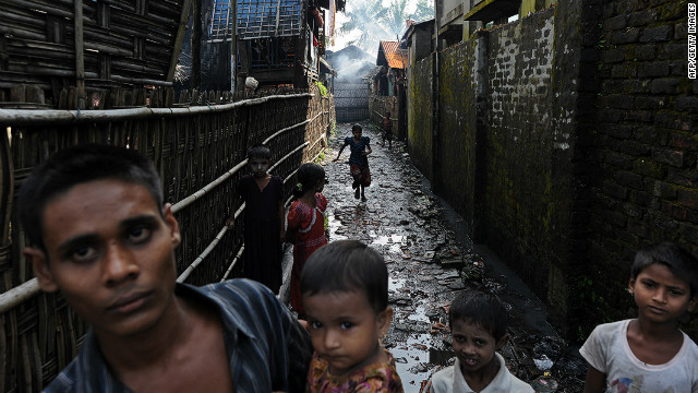 Sectarian clashes between Buddhists and Rohingya Muslims continued on Friday, October 26, 2012.