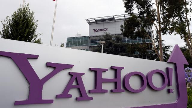 Yahoo informa a sus empleados que no podrán trabajar en casa