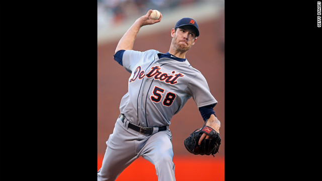 Doug Fister of the Detroit Tigers throws a pitch against the San Francisco Giants.