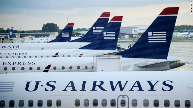 Airlines let travelers change tickets, fee-free, due to Hurricane Sandy