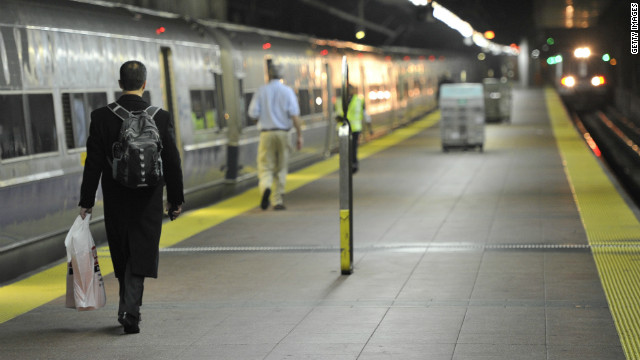 Limited subway service resuming in New York Thursday