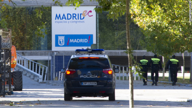 Tres mujeres mueren por estampida en una fiesta de Halloween en Madrid