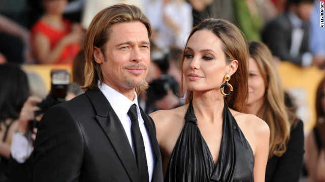 Brad Pitt donates $100k to support same-sex marriage