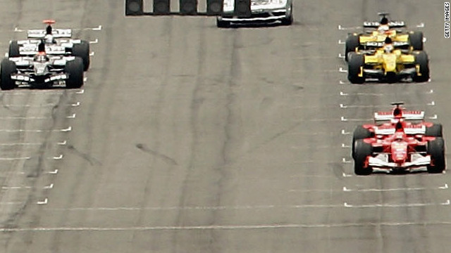 F1's hopes of winning over a horde of IndyCar and Nascar fans took a severe dent when just six cars lined up for the start of the 2005 Grand Prix after a row over tire safety.