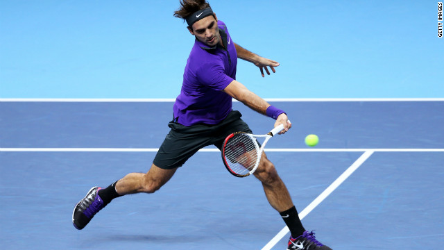 Federer moves into ATP semifinals