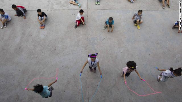 China permitirá a los padres tener más de un hijo