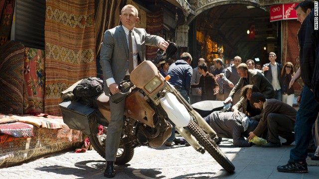 As James Bond, actor Daniel Craig pulls off all types of feats in