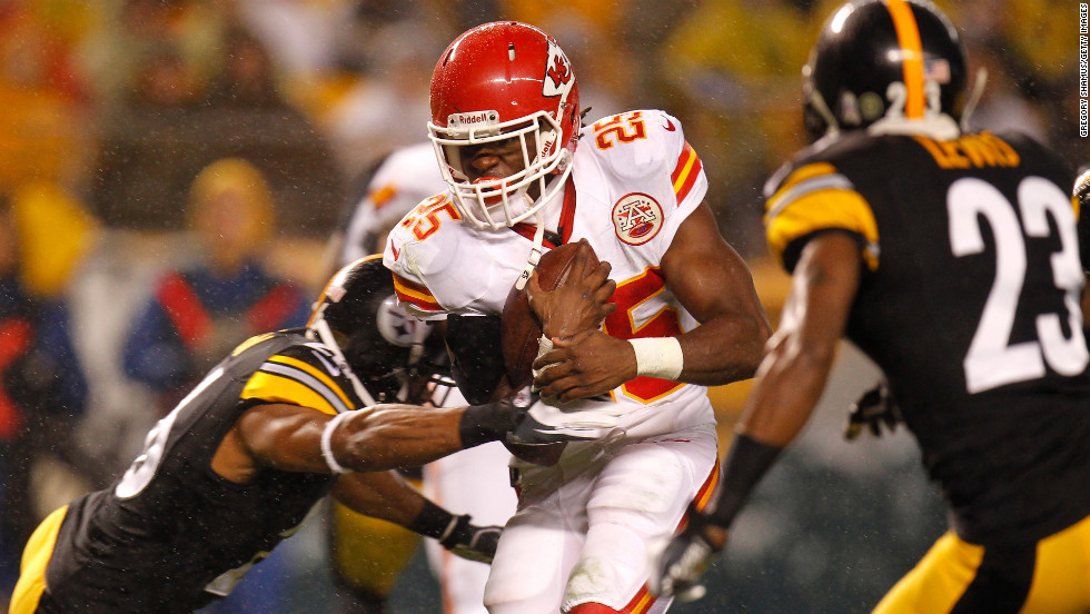 Jamaal Charles of the Kansas City Chiefs scores a 12-yard rushing touchdown in the first quarter against the Pittsburgh Steelers on Monday, November 12, at Heinz Field in Pittsburgh. Check out the action from Week 10 of the NFL, or &lt;a href='http://www.cnn.com/2012/11/04/football/gallery/nfl-week-9/index.html'&gt;look back at the best from Week 9&lt;/a&gt;.