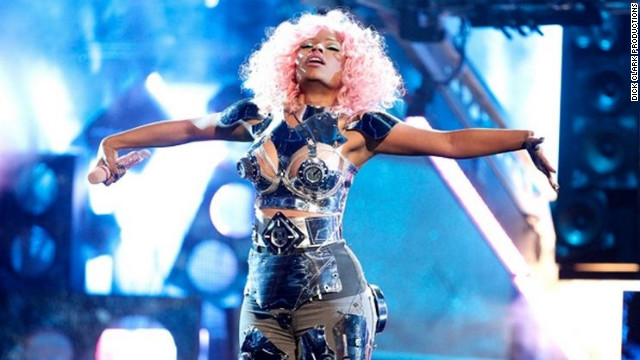 Nicki Minaj Performed &quot;Turn Me On&quot; and &quot;Super Bass&quot; 2011. Minaj and Rihanna this year each have four individual nominations. The show will be broadcast on ABC.