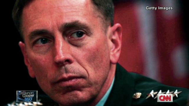 David Petraeus testifica en privado sobre el ataque en Bengasi
