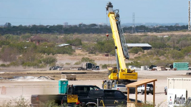 At the end of 2011, the scant progress at the Austin circuit was further slowed when construction was temporarily shut down.