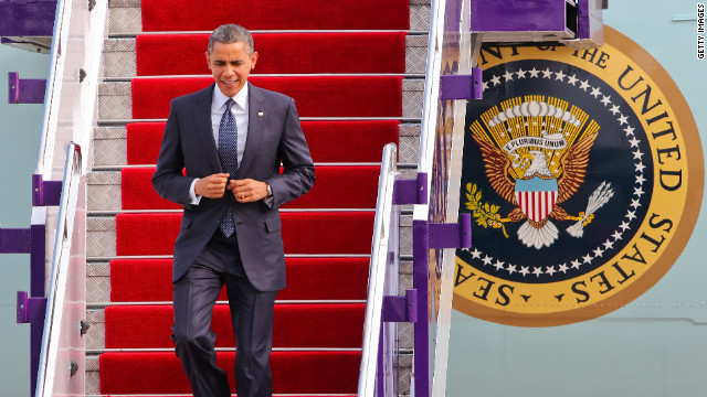 Obama speaks with business leaders in weekend follow-up  to earlier meeting