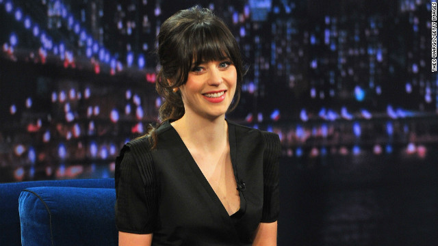 Zooey Deschanel finalizes divorce