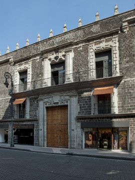 Located in Mexico City's Centro Historico, Downtown is housed in one of the capital's few remaining 17th-century palaces.