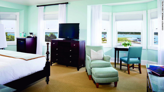 Save up to 30 percent off rooms during the Harbor View Hotel's five-day flash sale.