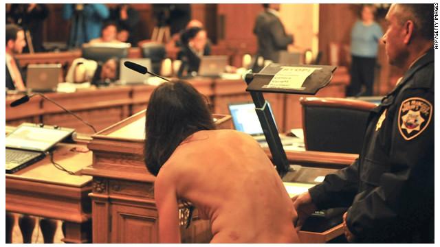 San Francisco prohíbe la desnudez pública