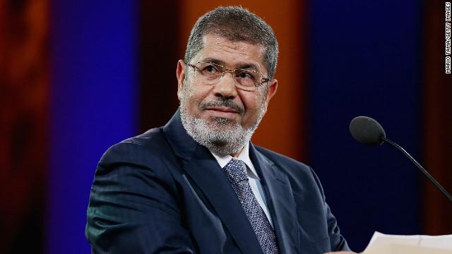 El presidente egipcio se autoriza mayores poderes que serán inapelables