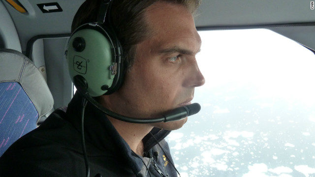 CNN correspondent Fred Pleitgen on the DMI helicopter over southern Greenland. 