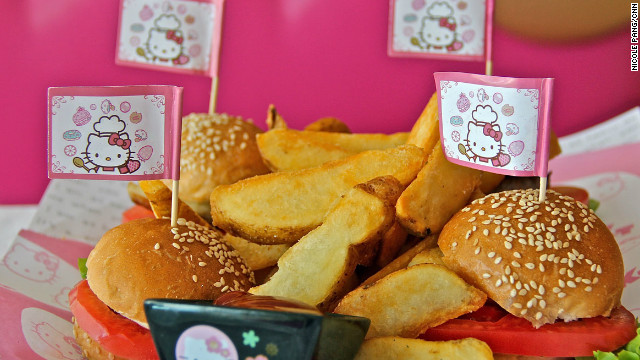 A Hello Kitty Dreams best-seller, the mini burgers come four to a plate with a choice of fillings: beef, chicken, fish and tomato and mozzarella.