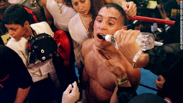 Camacho gets water in his corner during his 1997 fight against Oscar De La Hoya.