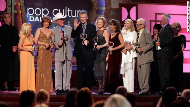 "The cast of ""Dallas"" accepts the Pop Culture Award onstage at the 2006 TV Land Awards."