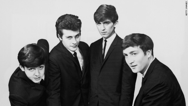 An early portrait of the British rock group The Beatles. Left to right: Paul McCartney, Pete Best, George Harrison (1943 - 2001) and John Lennon (1940 - 1980). (Photo by Hulton Archive/Getty Images) 