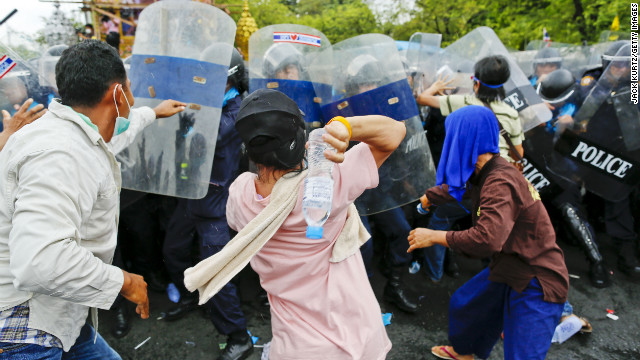 Protesters clash with riot poilce on Saturday.