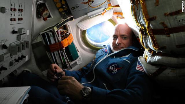 Astronauta de la NASA batirá récord de permanencia en el espacio en 2015