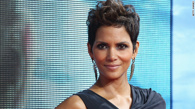 "Halle Berry was not immune to the bomb that was ""Catwoman."" When she accepted a Razzie in 2005, <a href='http://www.people.com/people/article/0,,1032313,00.html' target='_blank'>she thanked</a> ""Warner Bros. for putting me in a godawful piece of (expletive) movie."""