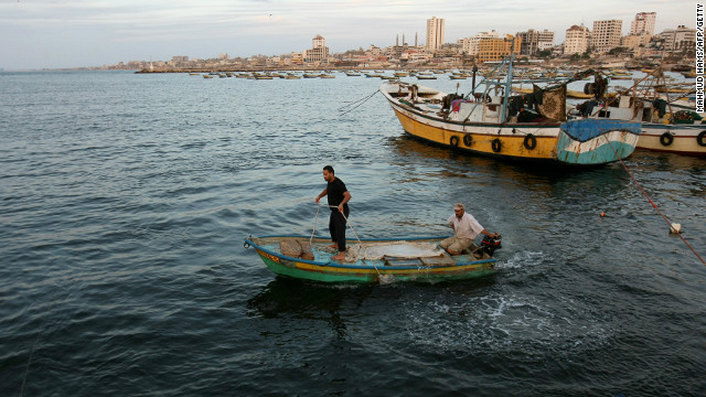 In Gaza, fish with a side of politics