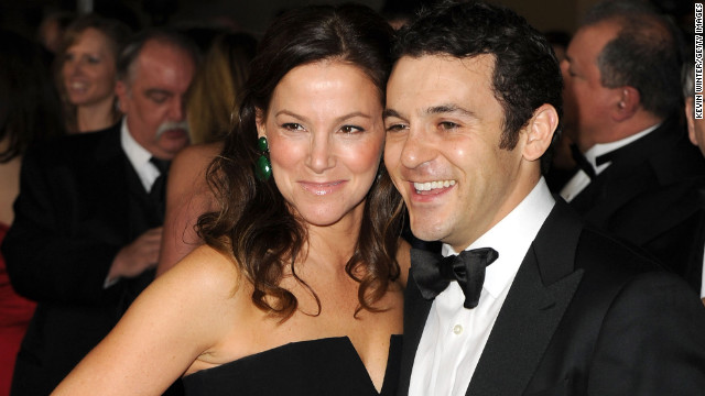 Fred Savage welcomes a son