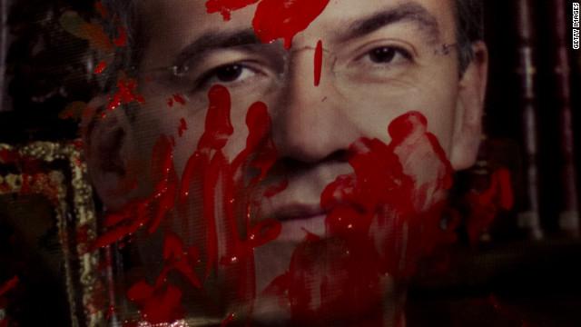 Calderón dice que no es un delincuente por las muertes durante su gobierno