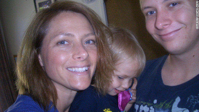 Hope with her son and daughter in 2010. 