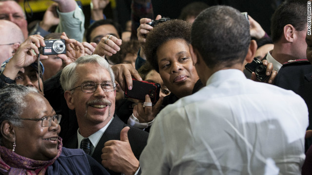 Polls show Obama has more public support in fiscal cliff talks