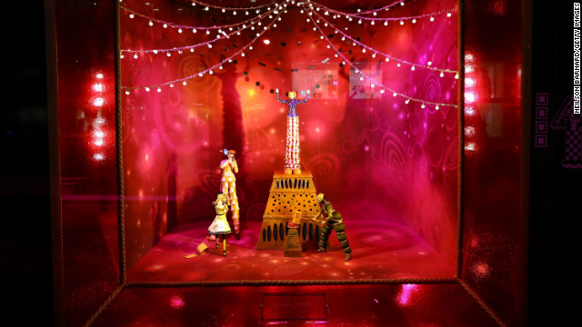 Bloomingdale's 59th Street store unveiled this year's holiday windows on November 13. The window displays reflect scenes from a new Cirque du Soleil production.