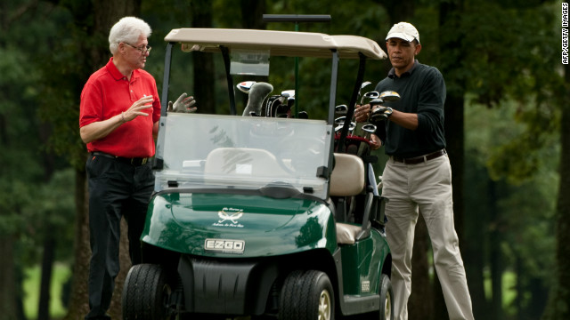 Obama plays golf with Clinton, McAuliffe