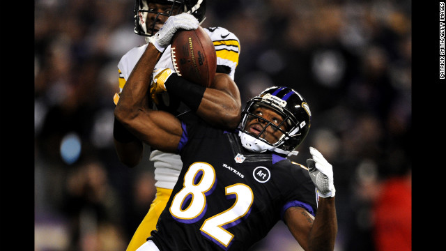 Cornerback Cortez Allen of the Pittsburgh Steelers and wide receiver Torrey Smith of the Baltimore Ravens battle for a pass that was incomplete on Sunday.