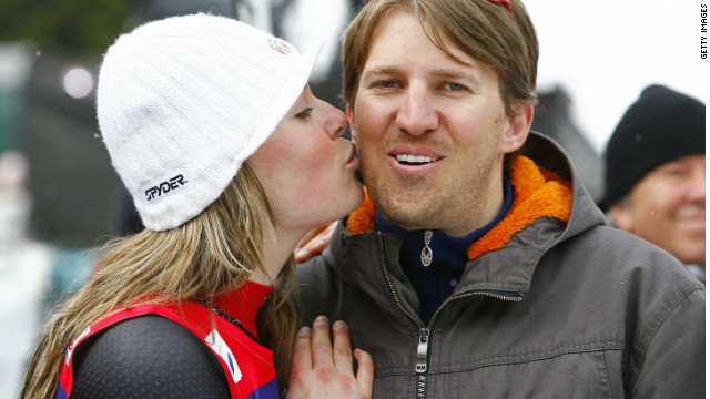 Vonn married fellow U.S. skier Thomas Vonn in 2007. Vonn also became her coach. The pair split in November 2011.
