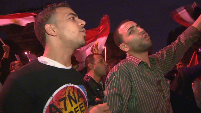 Need to Know News: Tense Cairo braces for more demonstrations; Same players, same disputes in fiscal cliff debate