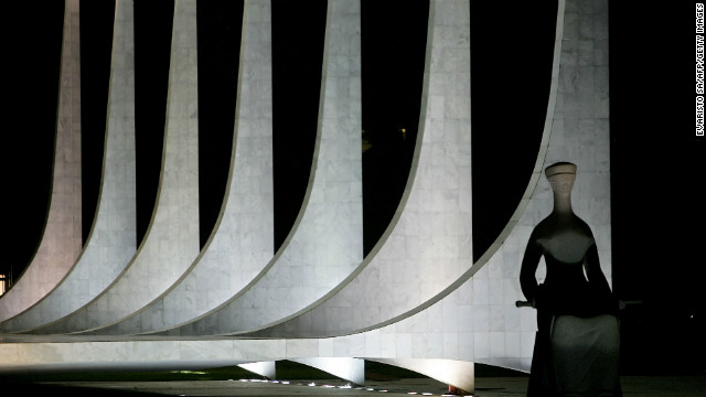 Night view of the columns of the Federal Supreme Court in Brasilia taken on 11 December 2007, designed by Niemeyer and inaugurated in 1960.