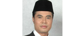 Indonesian politician divorce via text message his 17-year-old wife
