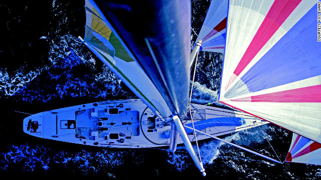 Kos Evans: Daredevil sailing photographer