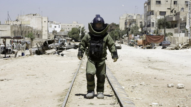 &quot;The Hurt Locker,&quot; the 2009 best picture winner, is symbolic of a recent run of critically acclaimed films that have found little support at the box office.