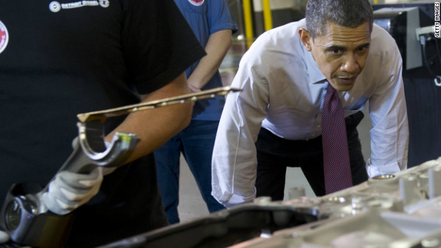 Obama rallies Detroit union workers as fiscal cliff deadline looms