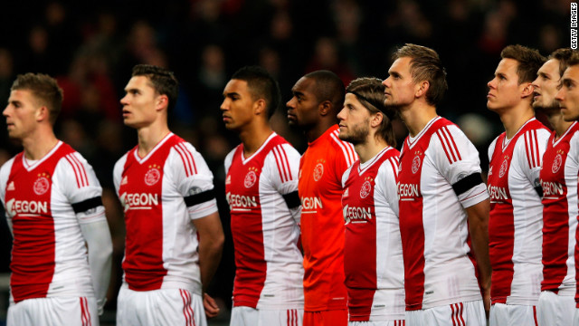 While 33,000 amateur matches were canceled across the Netherlands, professional teams held a minute's silence ahead of their games to pay tribute to the 41-year-old.