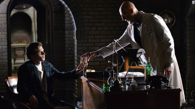 A new evil revealed on 'American Horror Story'