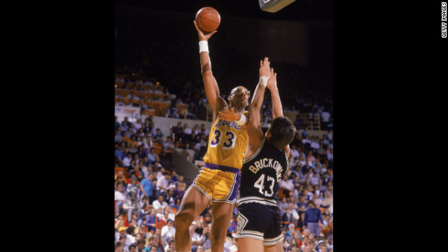 CNN PROFILES: Kareem Abdul-Jabbar's 'giant steps'